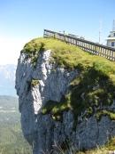 Überhang des Hotels auf der Schafbergspitze