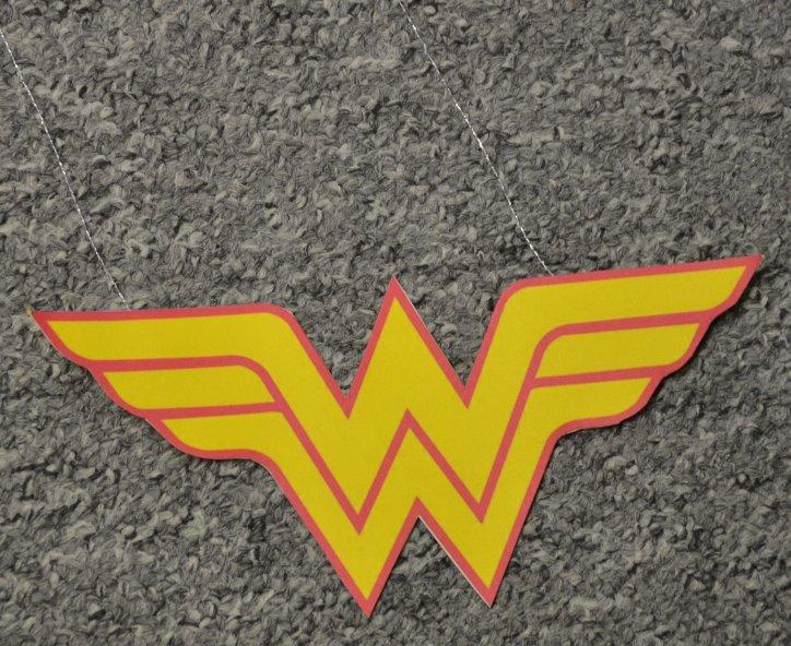 WonderWoman Logo Vorderseite DIY
